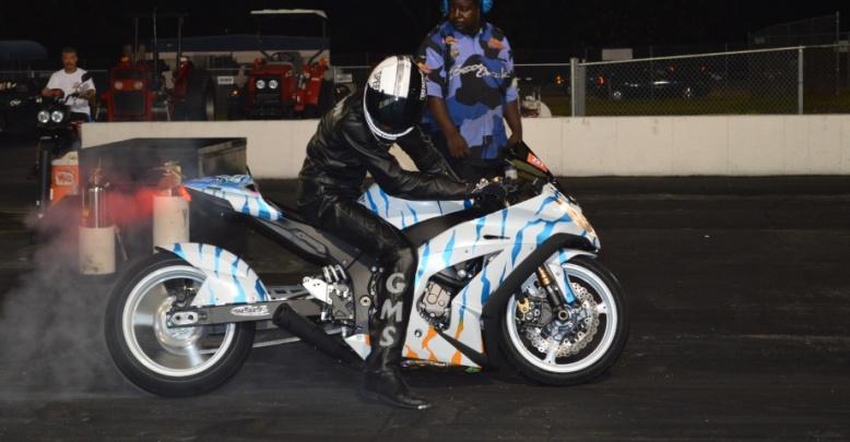 2011 Kawasaki ZX-10 - Custom Paint!-1001811_10153027787630317_183570367_n.jpg