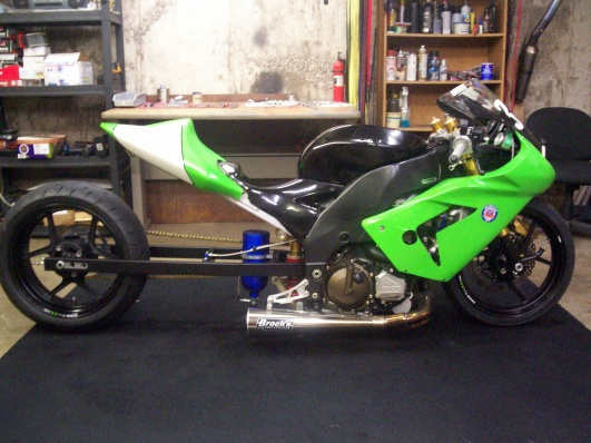 My new (to me) zx10r dragbike project woohoo!!-100_2664.jpg
