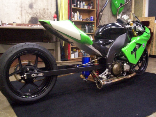My new (to me) zx10r dragbike project woohoo!!-100_2674.jpg