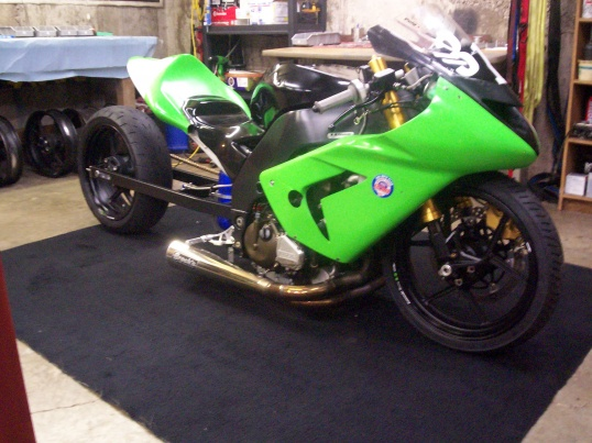 My new (to me) zx10r dragbike project woohoo!!-100_2675.jpg
