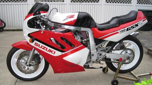 106202d1368154150 1988 gsxr 750 slingshot 1127cc engine 1988 gsxr 750 slingshot 003