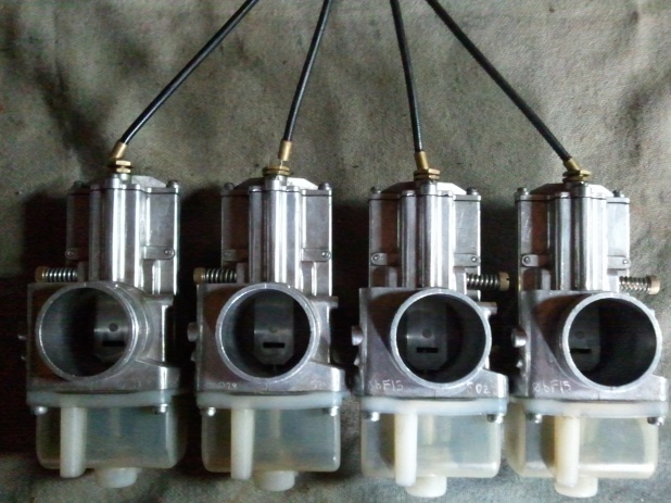 40 MM FBG Lectron carbs witth manifolds-2012-10-16-17_41_08.jpg