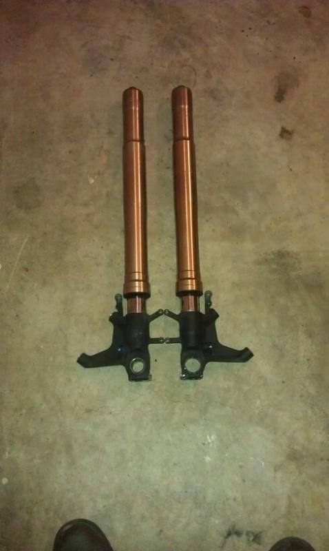 a few aftermarket gsxr 600/750 06/07 parts-craigsimage521581600.jpg