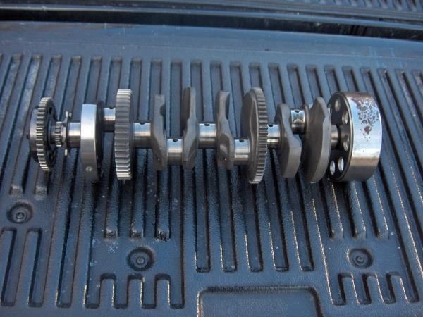 01-04 GSXR 1000 Motor parts