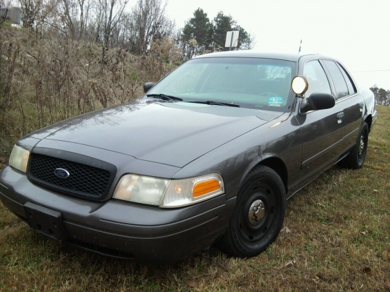Crown Vic  Ford Crown Vic For Sale Must Go Crown Vic