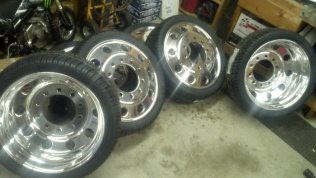 24 Quot Dually Wheels And Tires