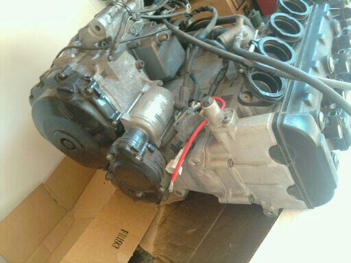 2006 gsxr1k motor 4sale 2,600 miles 1200 obo-gsxr4.jpg