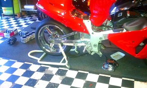 HAYABUSA 3IN OVER STOCK SWINGARM-imag0252.jpg