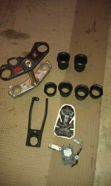 a few aftermarket gsxr 600/750 06/07 parts-imag0781.jpg