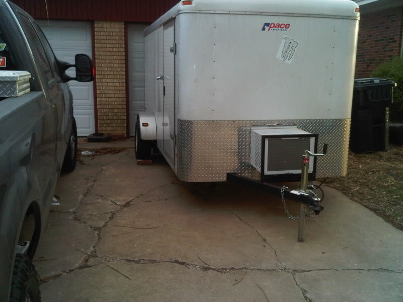 Trailer Ac Unit >> Window Or Portable A C In The Trailer