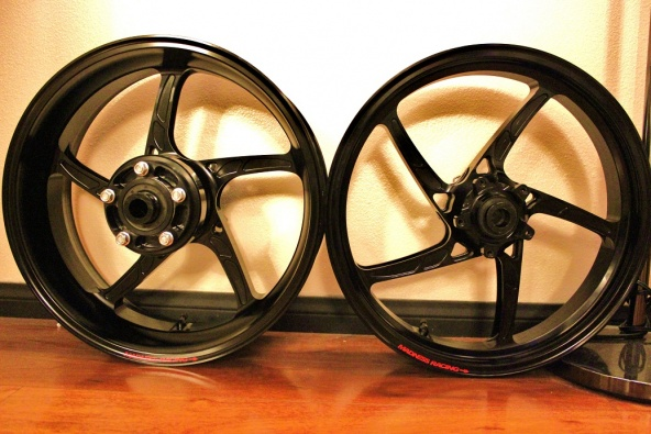 FOR SALE ZX14 PARTS (Transmission, Wheels)-img_1722-copy.jpg
