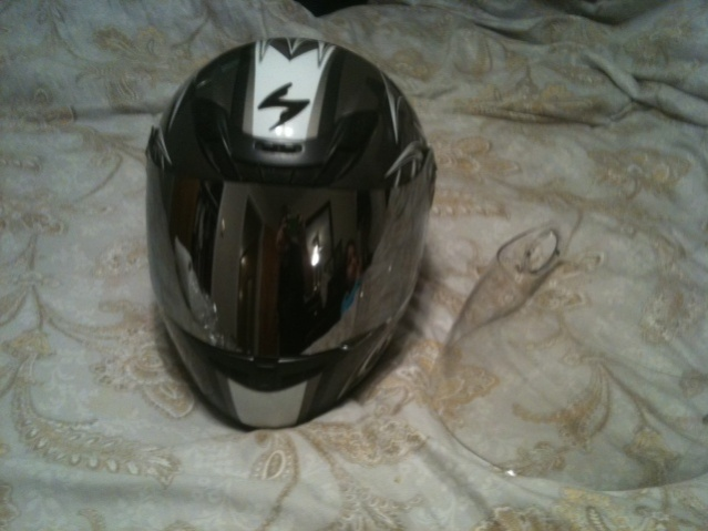 Helmets-photo-10-.jpg