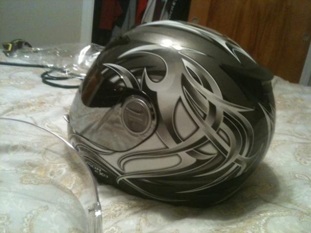 Helmets-photo-11-.jpg