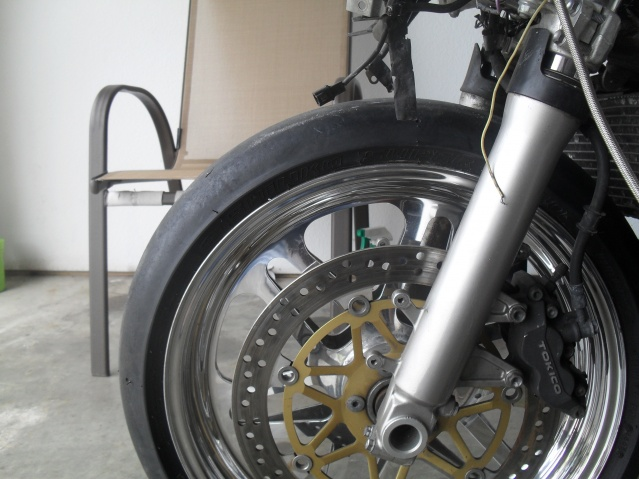 02 gsxr 600 grudge bike (fork cutting)