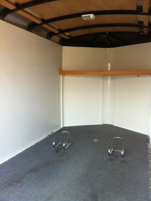 6x12 V Nose Enclosed Trailer 2000